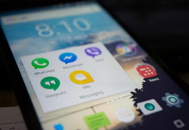 ba8e21cc066ad Os moradores de Florianópolis já podem seus pagar boletos pelo Facebook  Messenger. A novidade é fruto da parceria da Visa