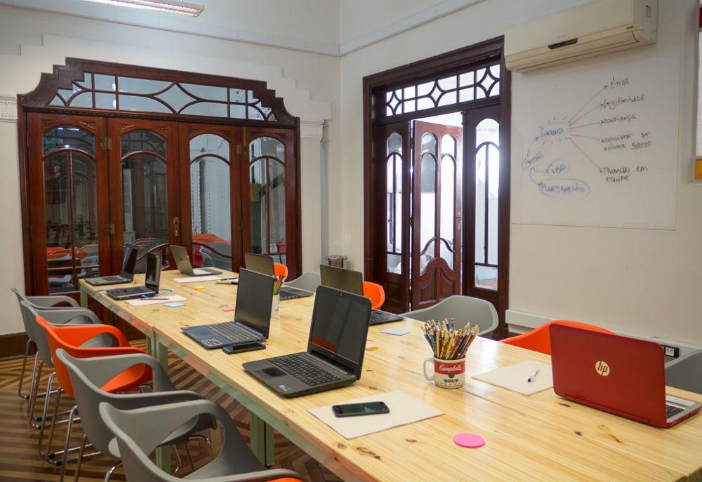 Hub voltado para empreendedores acima de 49 anos é inaugurado em SP