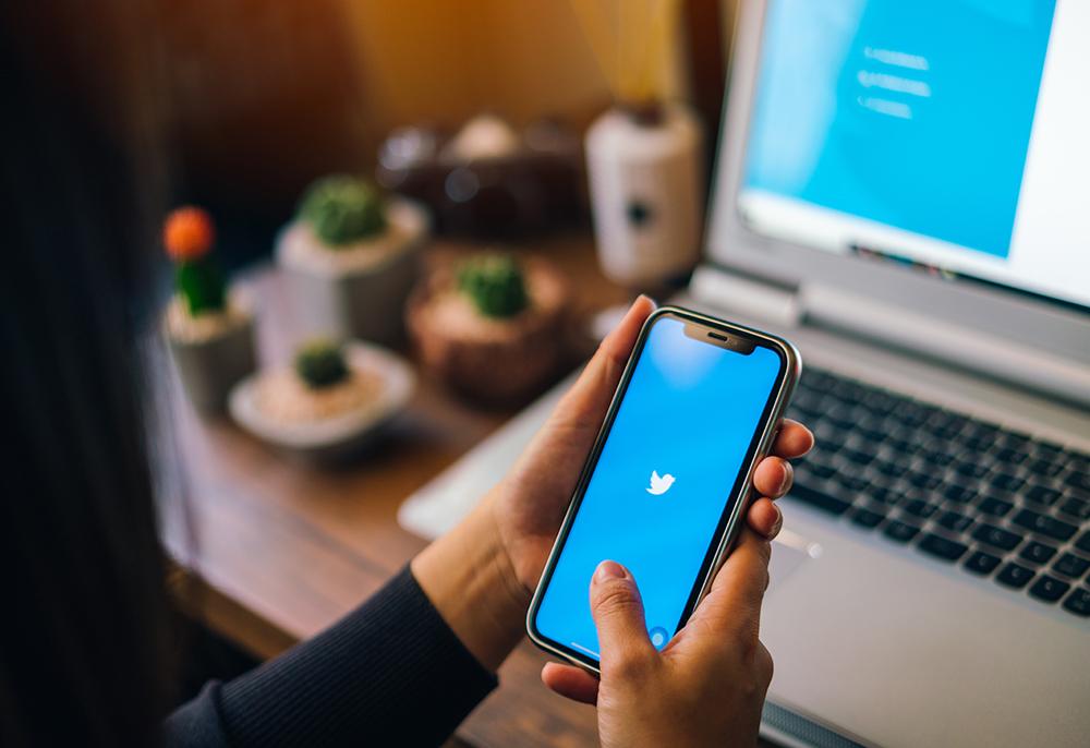 Twitter cresce em usuários ativos e aquece o mercado investidor