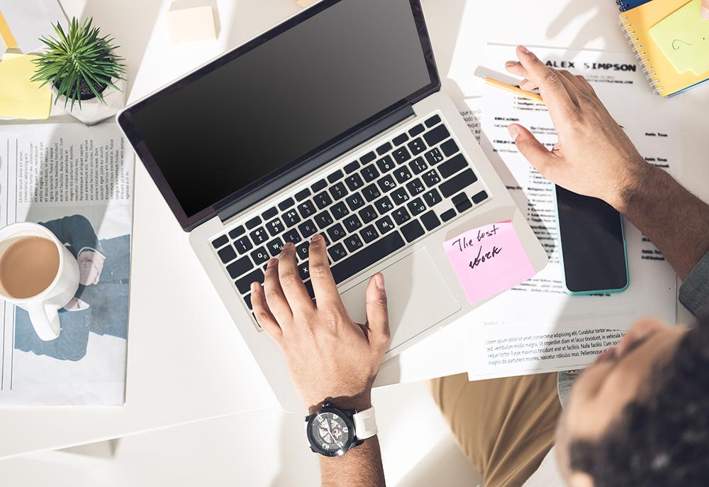 Millennials: flexibilidade de horário e home office estão entre os benefícios mais valorizados por essa geração