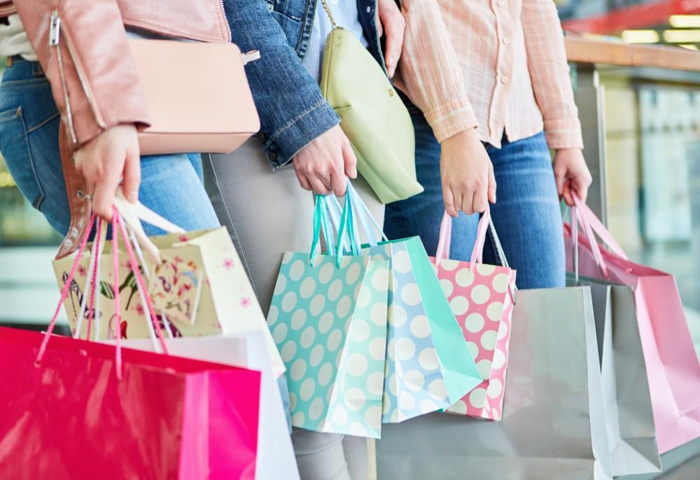 Resultado de imagem para imagens de falta de apego a produtos, lojas ou marcas