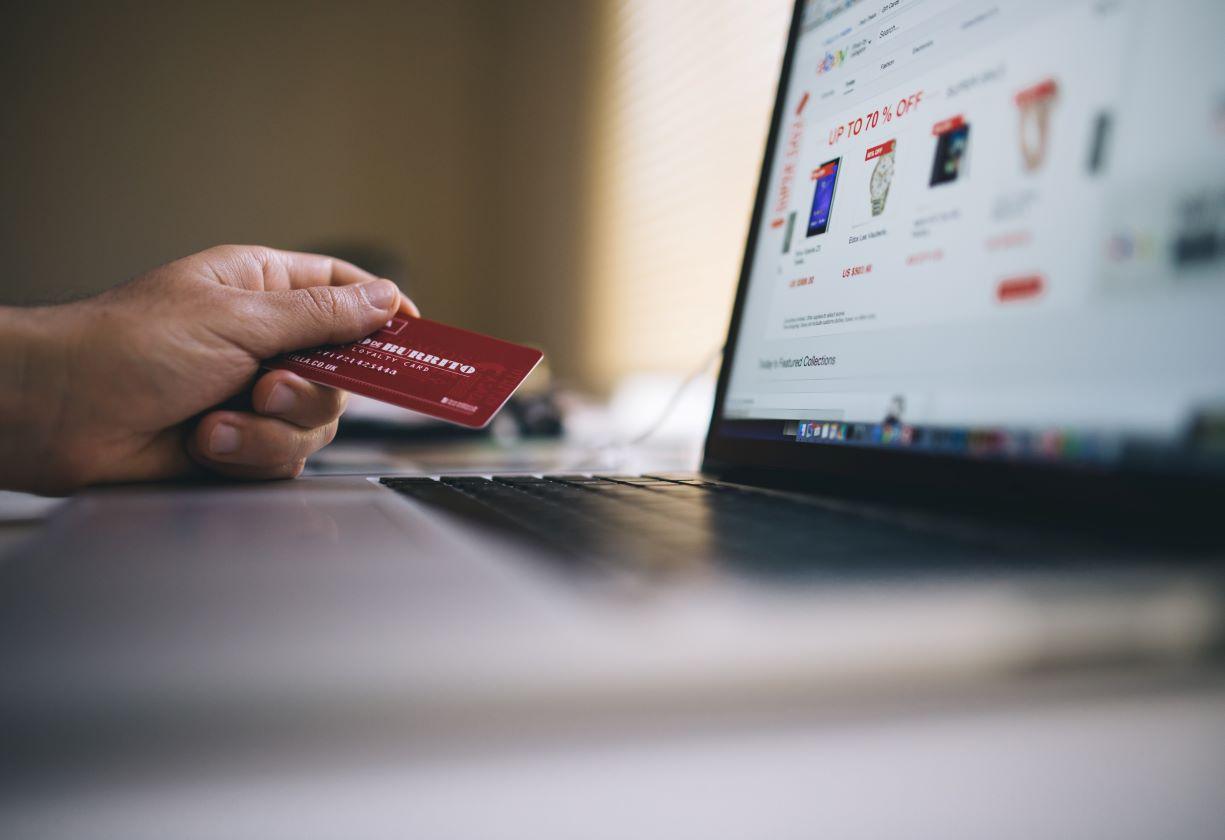 Chegou a época das compras: dicas para envolver os consumidores de fim de ano