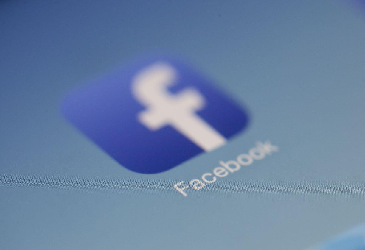 algoritmos enviesados do facebook