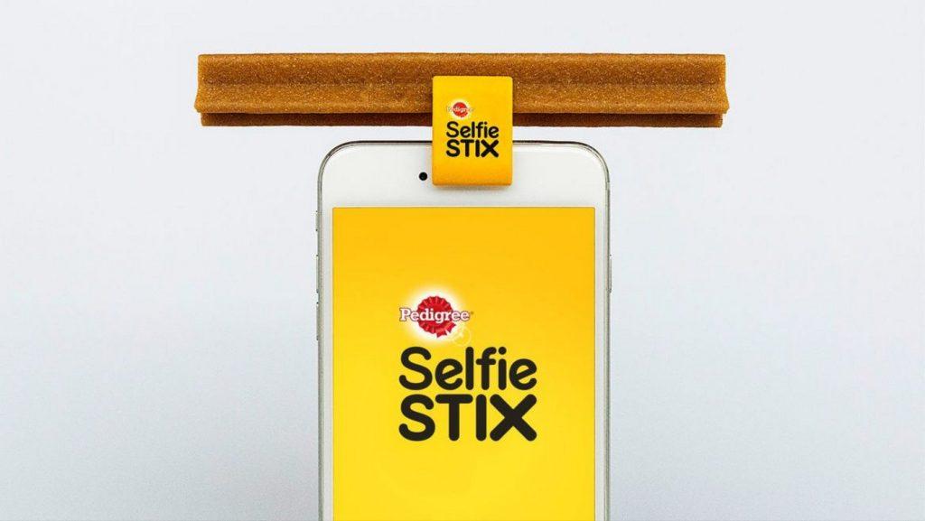 selfie stix