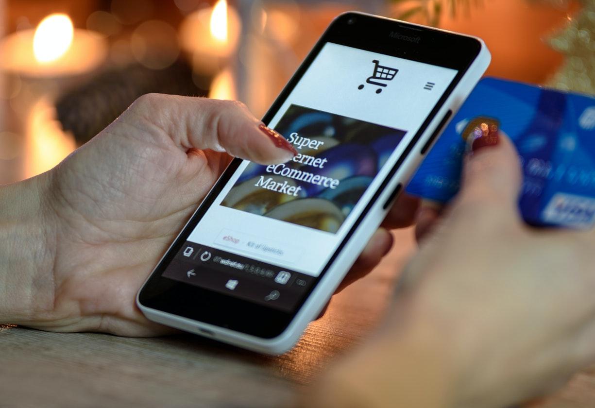 E-commerce apresenta pequena retração (6,48%) em abril