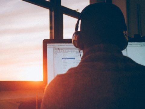 Algar Tech adota home office permanente em posições de atendimento